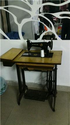 老式蜜蜂牌缝纫机转给有缘人
