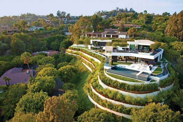 比佛利山庄是美国洛杉矶临湾地带最有名的富人区.