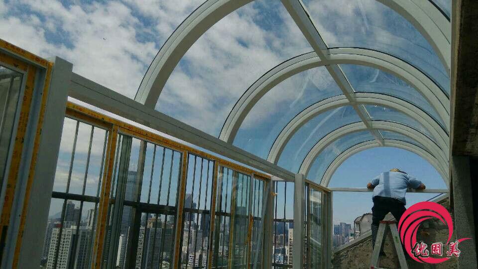 阳光板雨棚弧形效果图