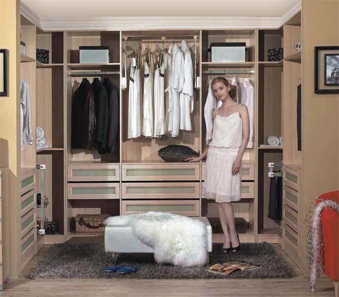 进门靠墙鞋衣柜效果图欧式
