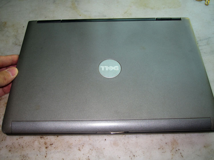 戴尔12寸便携小笔记本电脑