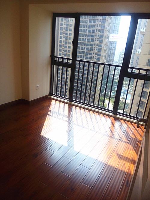 > 信义御城52平公寓精装修交楼标准实拍