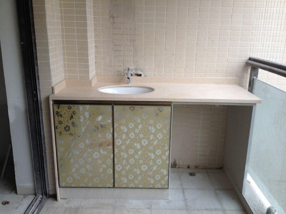 新款玻化砖水泥--橱柜--阳台柜--洗手台图片欣赏!