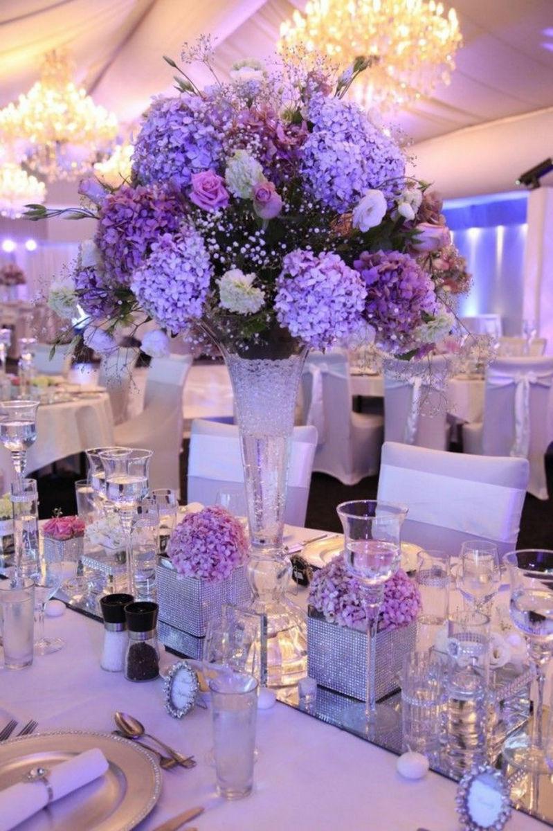 婚礼桌花搭配