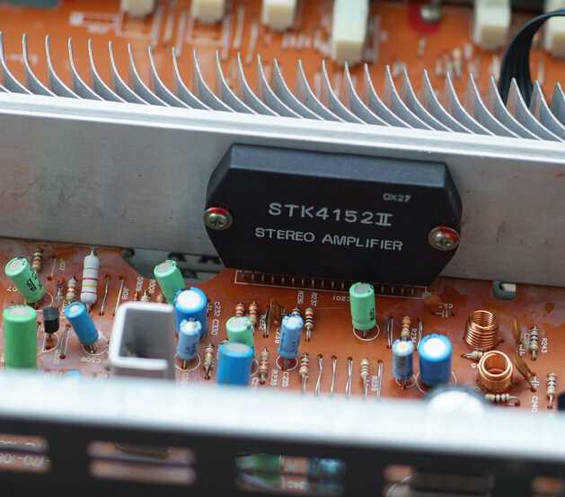 功放机变压器输入保护电路图片